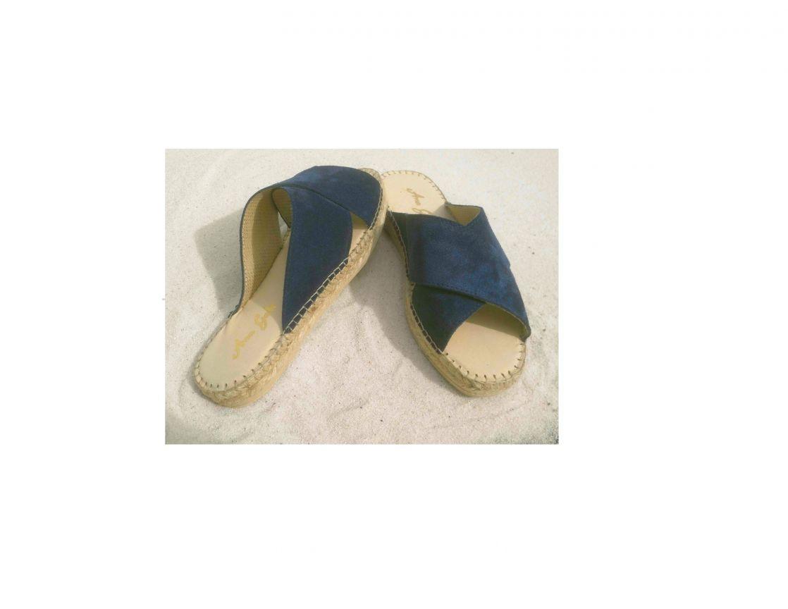 sandalete cruzada