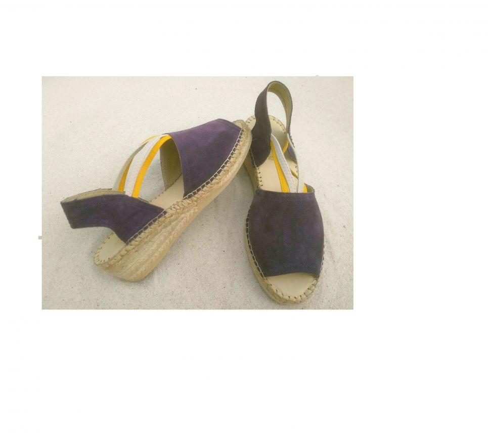 sandalia com dois elasticos